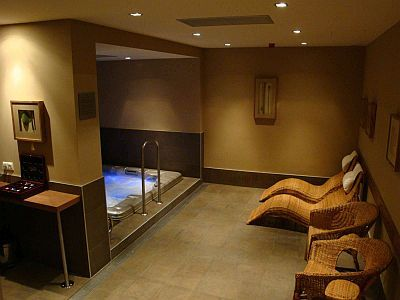 Budapest hotels - Castle Garden hotel - jacuzzi and sauna