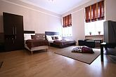 Hotelroom at discount prices in the centre of Budapest, in the vicinity of Blaha Lujza Square, in VIII. district